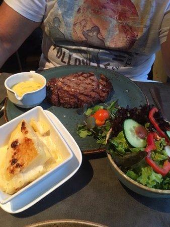 Bistro De Schaar: Steak