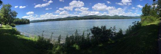Pittsfield, MA: A beautiful and peaceful lake