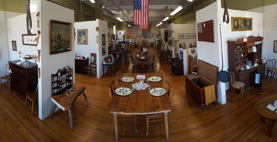 Top rated Antiques & Vintage shop in Galax, VA - Find great items from the 1800's to Mid-Century