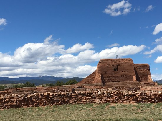 Pecos National Historical Park : The old mission church