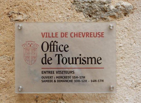 Photos chevreuse images de chevreuse yvelines tripadvisor for Office de tourisme yvelines