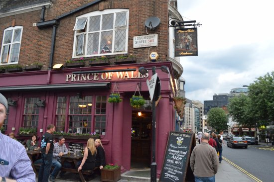 The Prince of Wales: outside seating
