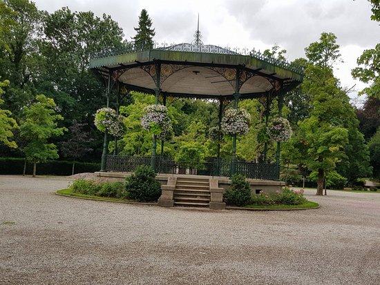 Band stand picture of jardin public de saint omer saint for Jardin public