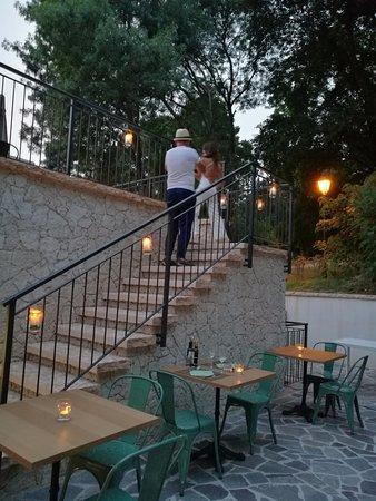 le nostre terrazze esterne - Picture of Giardini di Borghetto ...