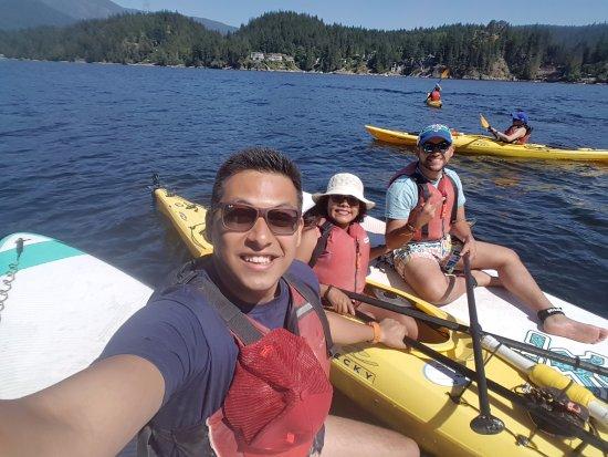 นอร์ทแวนคูเวอร์, แคนาดา: Como verán, rentamos dos paddle boards y un kayak, una experiencia divertida e inigualable!
