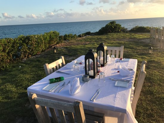 Gregory Town, Eleuthera: Request dinner on the cliff