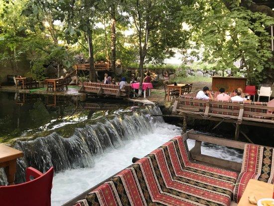 Koycegiz, Turkije: Yuvarlakçay, Yuvarlakçay Salıncak Restaurant, Gökova, Beyobası