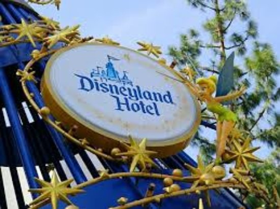 Best Hotels Near Disneyland With Shuttle