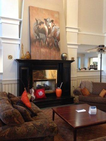 Ingersoll, Canada: Lobby decor