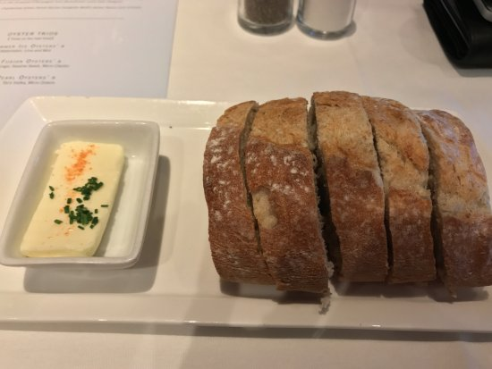 Eddie V's Prime Seafood: Bread, with nice smell