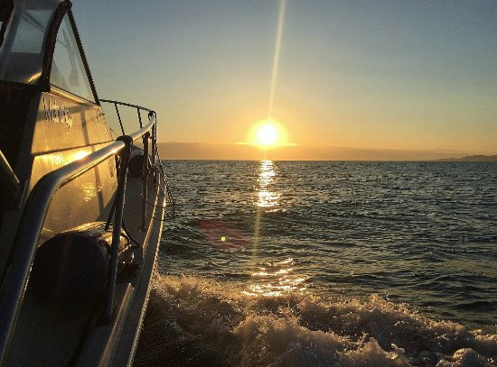 Nanoose Bay, Kanada: Sunset tours for romance or relaxation