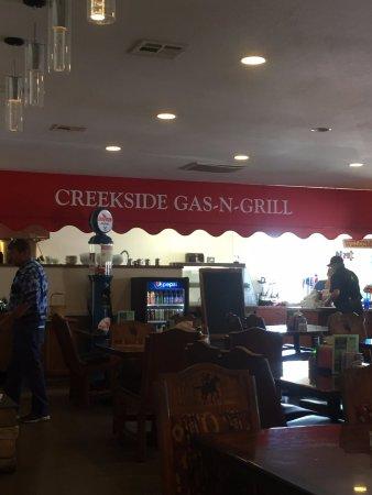 Sutherlin, OR: inside restaurant