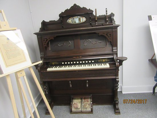 Bowmanville, Canada: An organ made by a local company.  Unfortunately, the company and its factory have disappeared