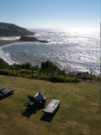 Depoe Bay, OR: Beautiful  view from our room.