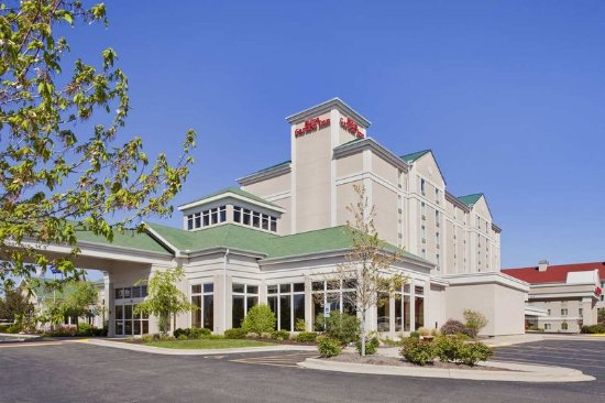 Hilton Garden Inn Champaign/ Urbana: Exterior Day Time