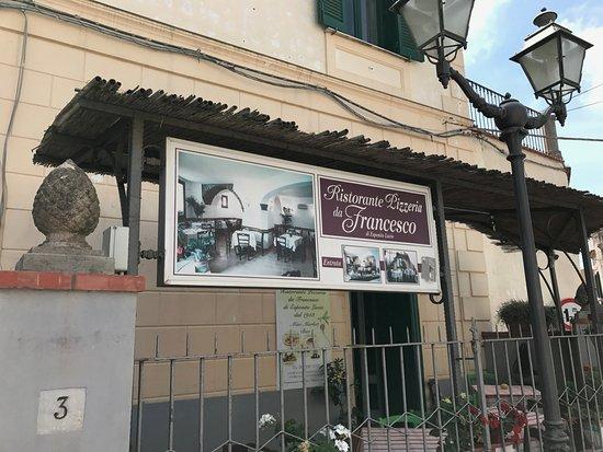 Schiazzano, Ιταλία: Restaurant Exterior