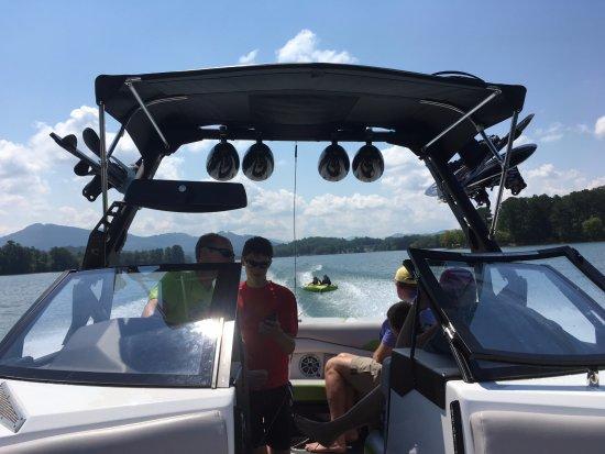 Boundary Waters Resort & Marina: tubing!