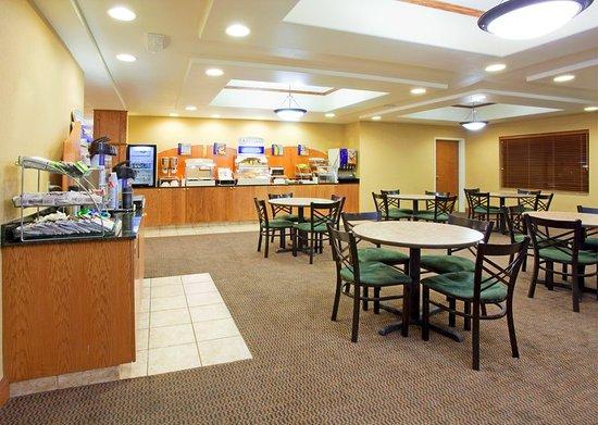 Rocky Mount, Вирджиния: Breakfast Area