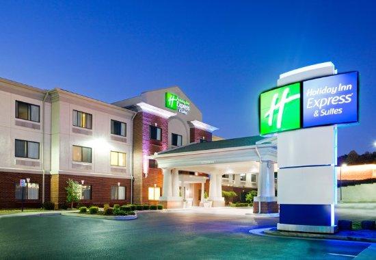 Rocky Mount, VA: Hotel Exterior