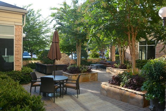 Outside Terrace - Picture of Hilton Garden Inn Atlanta NW / Kennesaw ...
