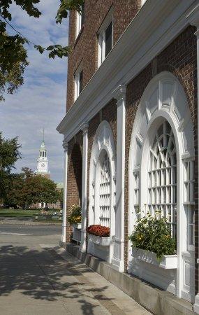 Hanover, NH : Baker Tower Dartmouth College Green