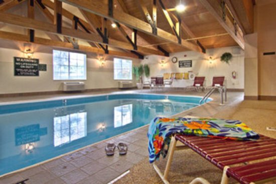 Coshocton Village Inn Pool