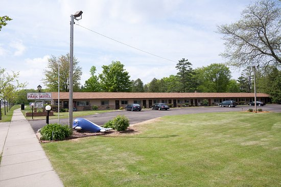Marshfield, WI: Parking Lot View