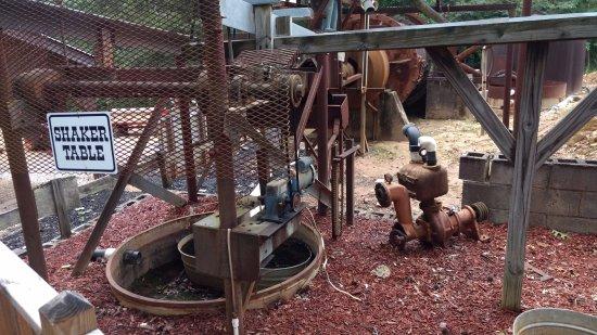 Dahlonega, Gürcistan: stamping mill exhibit