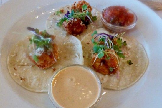 Roslyn, Estado de Nueva York: crispy shrimp burrito