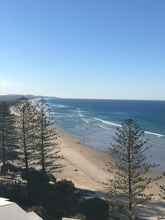 Clubb Coolum Beach Photo