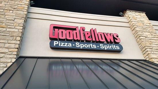 Cincinnati's Good Fellows: Exterior