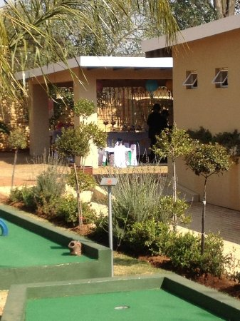 Benoni, South Africa: Function areas are available for hire.  Included a 9 hole putt putt course