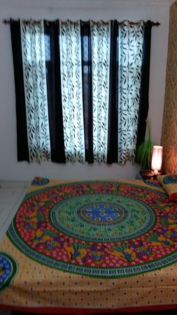 Villa Sixteen Guest House in Beas, guest house in beas with all amenitiegs. Best guest house in