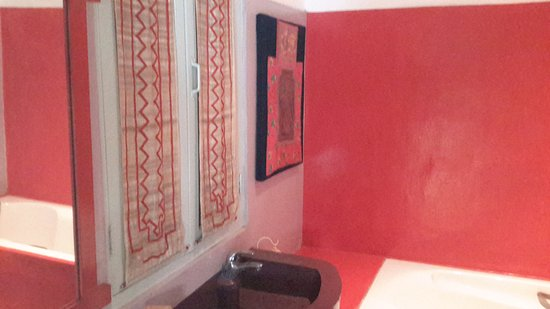 ออคป๊อปท๊อควิลล่า: Décoration de la salle de bain