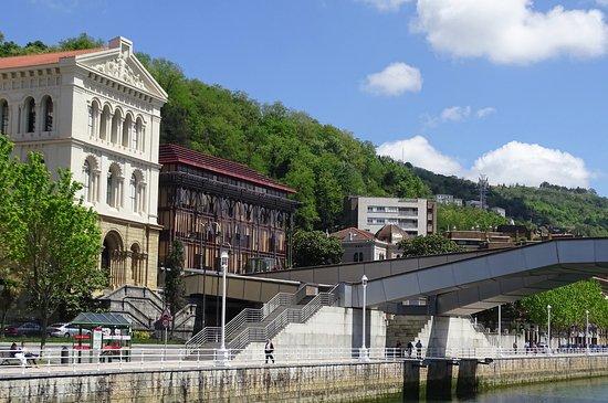 Basque Country, إسبانيا: GREAT BUILDINGS.