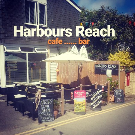 Harbours Reach Licensed Guest House & Coffee Shop