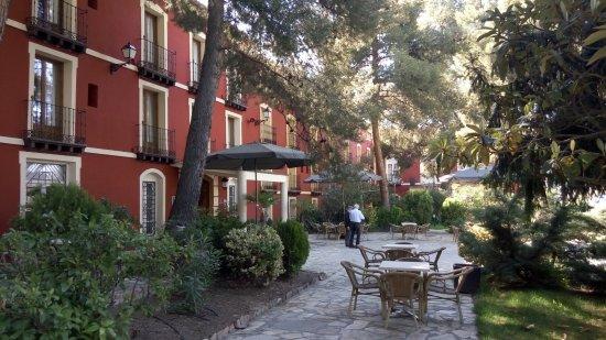 Paracuellos de Jiloca, Spanien: Jardín