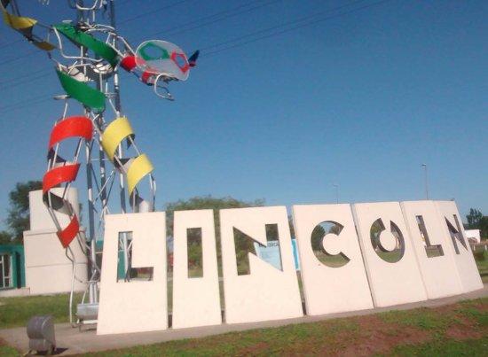 Cartel con EL que te recibe LINCOLN