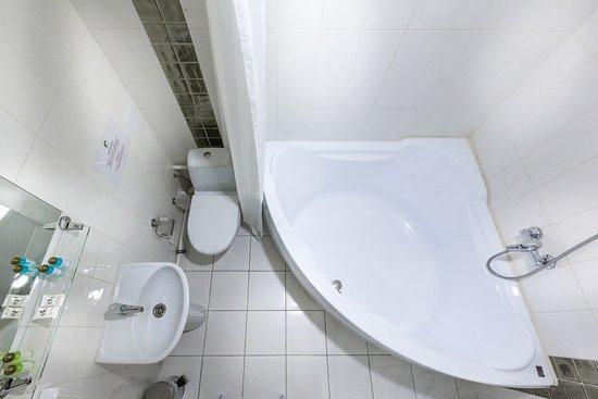 Key Element Hotel: Ванная комната