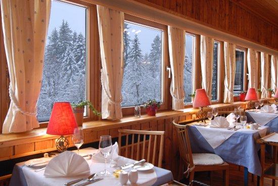 "Puchenstuben, Österrike: Restaurant ""Alte Bar"""