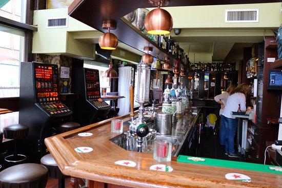 Chris Scholten Pub