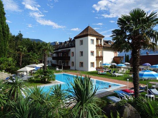Hotel Olympia: Gartenbereich