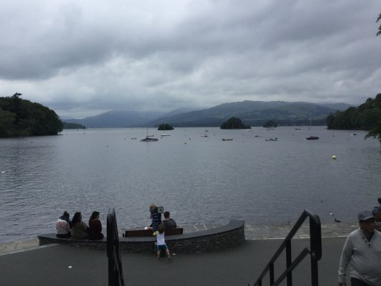 Bowness-on-Windermere, UK: View from Bowness one of stops on trip