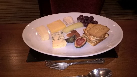 Bradwell, UK: Cheese plate