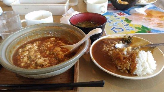 Kaizuka, Japan: カレーは食べ放題