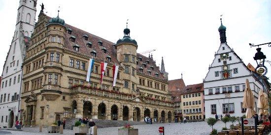 Hotel Herrnschloesschen: 100 yards (or less) from Hotel