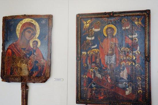 Asklipiio, اليونان: Великолепная церковь Успения Богородицы в Асклепио...