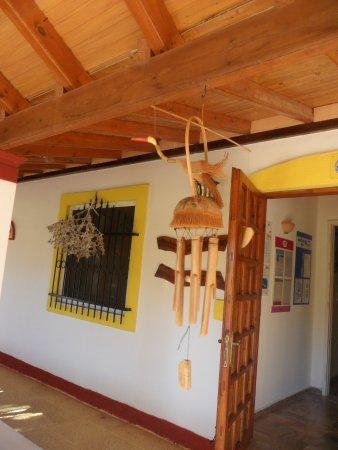 Semeli Hotel: Nikos loved his windchimes