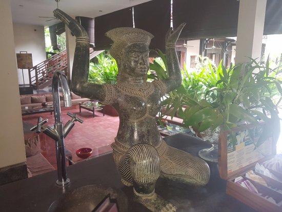 The SAMAR Villa & Spa Resort: Art