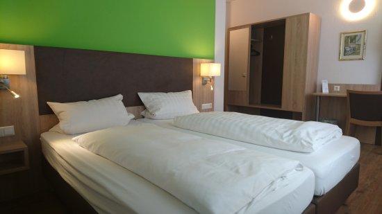 Bornheim, Tyskland: Hotelzimmer Kat A